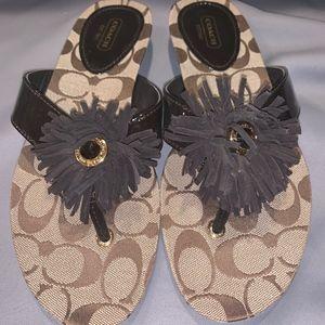 Suki A8382 Fringe Flower Thong Flip Flop Sandal